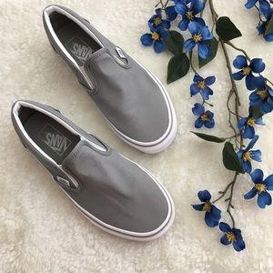🆕 Vans | Classic Slip On Light Gray Canvas
